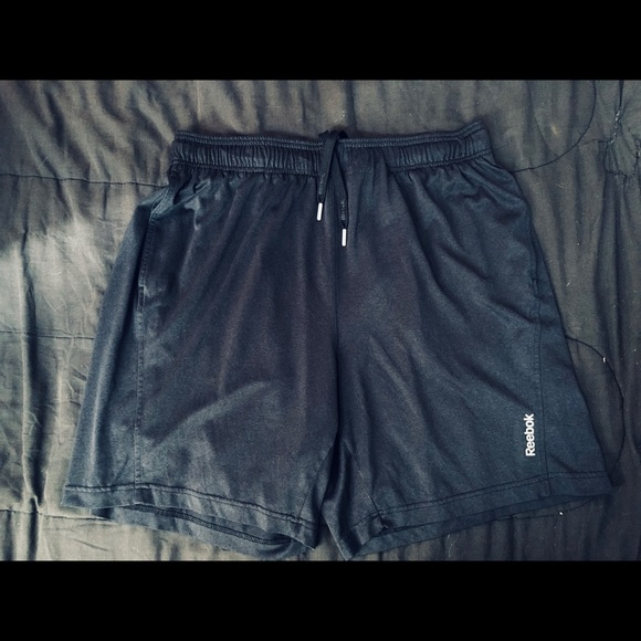 NWT Men/'s The Reebok ONE Play Dry Training Shorts Size Small or Large